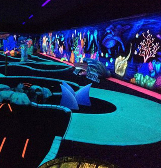https://www.yeti-gullegem.be/wp-content/uploads/2018/08/glowgolf.jpg