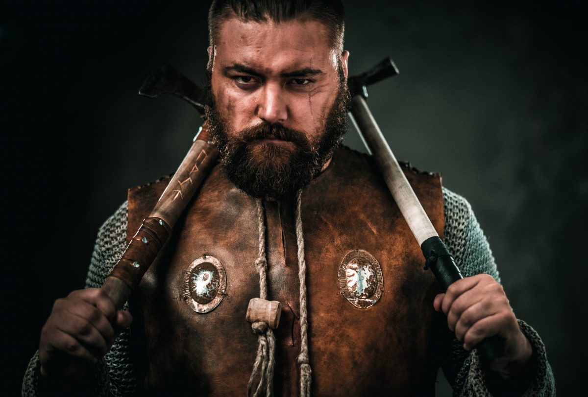 https://www.yeti-gullegem.be/wp-content/uploads/2019/04/viking-with-cold-weapon-in-a-traditional-warrior-PS7HTC8-1-e1555330058688.jpg